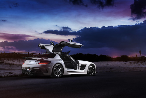 ADV.1 RennTech Mercedes SLS Black Series