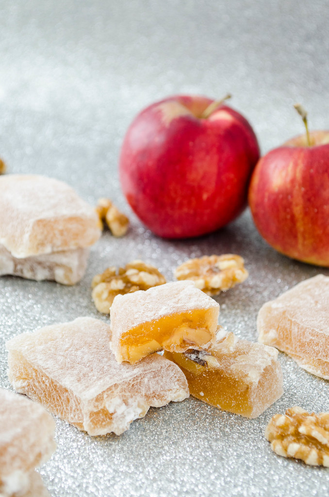 Aplets (Apple Walnut Turkish Delight)