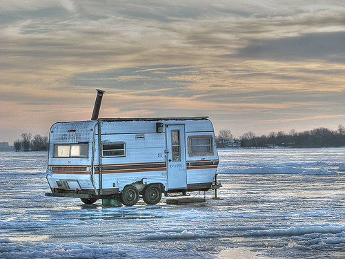 winter fishing ottawa icefishing wintersports tonemap ottawaphotography