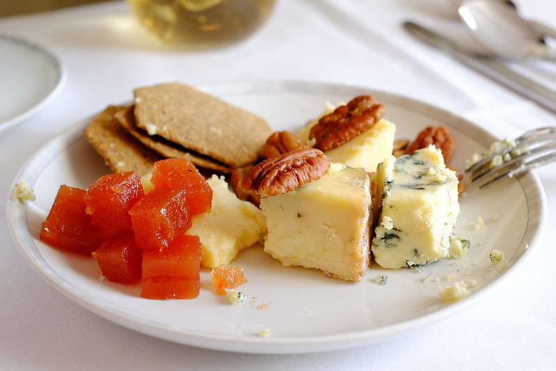 Fruit and cheese platter served on board Singapore Airlines business class