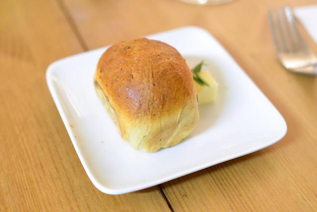 rosemary buttermilk bread
