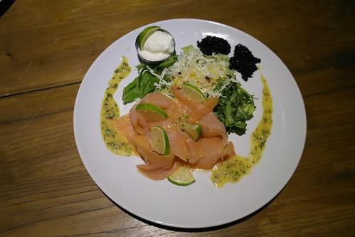 salmone marinato e caviale