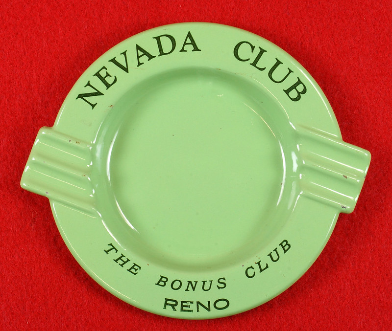RD15054 Vintage Ashtray NEVADA CLUB - THE BONUS CLUB - RENO Green Metal Art Deco DSC06937