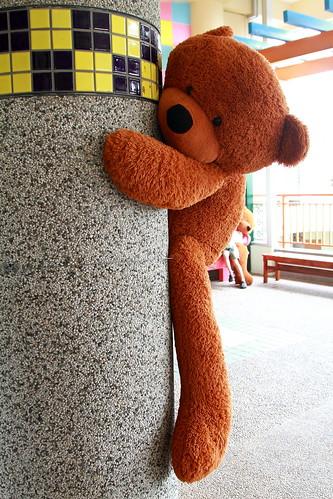 餐廳外的熊熊