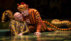 Thomas Derrah (Kaa) and Larry Yando (Shere Khan) in Tony Award winner Mary Zimmerman's new musical adaption of THE JUNGLE BOOK, photo: Liz Lauren