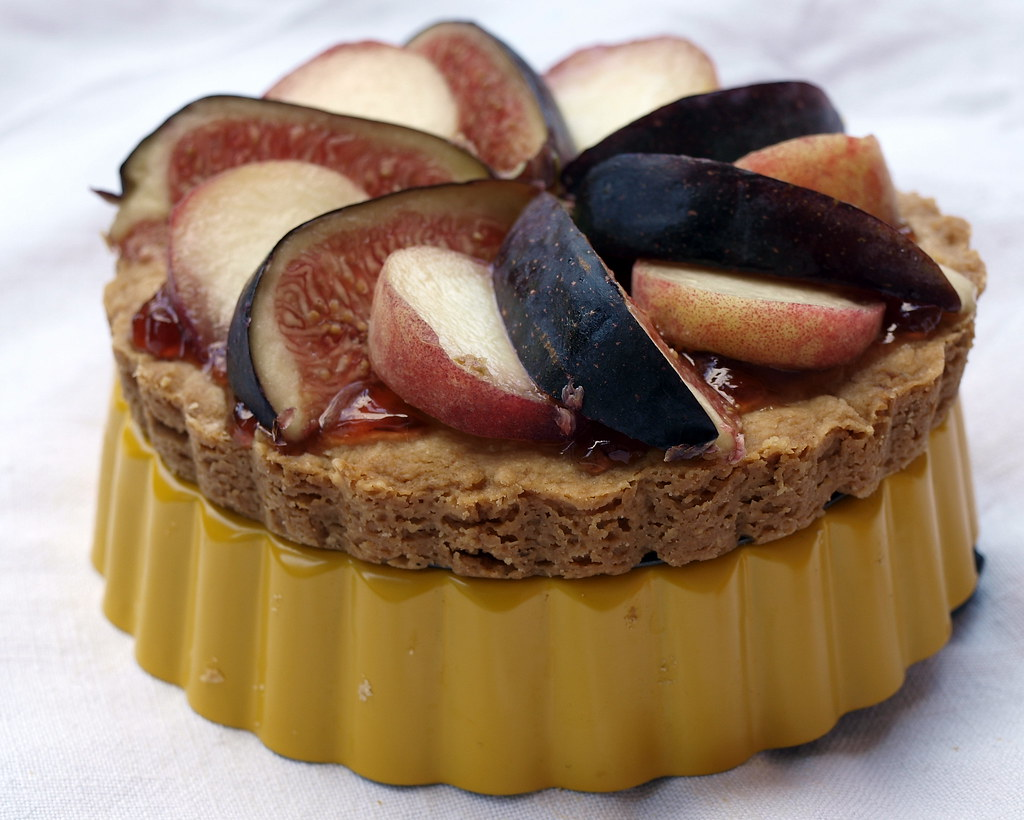 Orange Shortbread with Figs and Peaches
