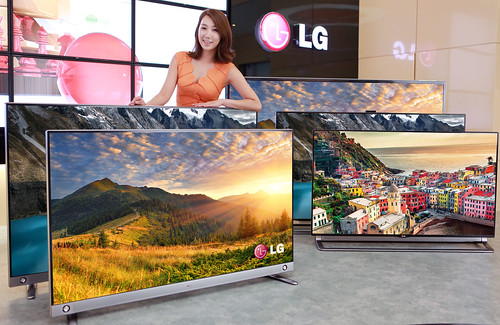 울트라 HD TV와 모델