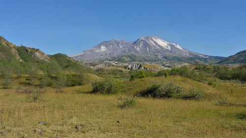 View of Mount St. Helens from intersection of Boundary and Hummocks Trails. The Tertiary dike is on the left.