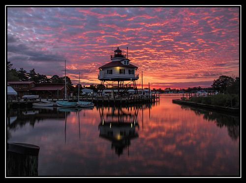 lighthouse colors clouds sunrise solomonsisland drumpoint