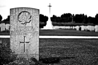 {Moro River Canadian War Cemetery}