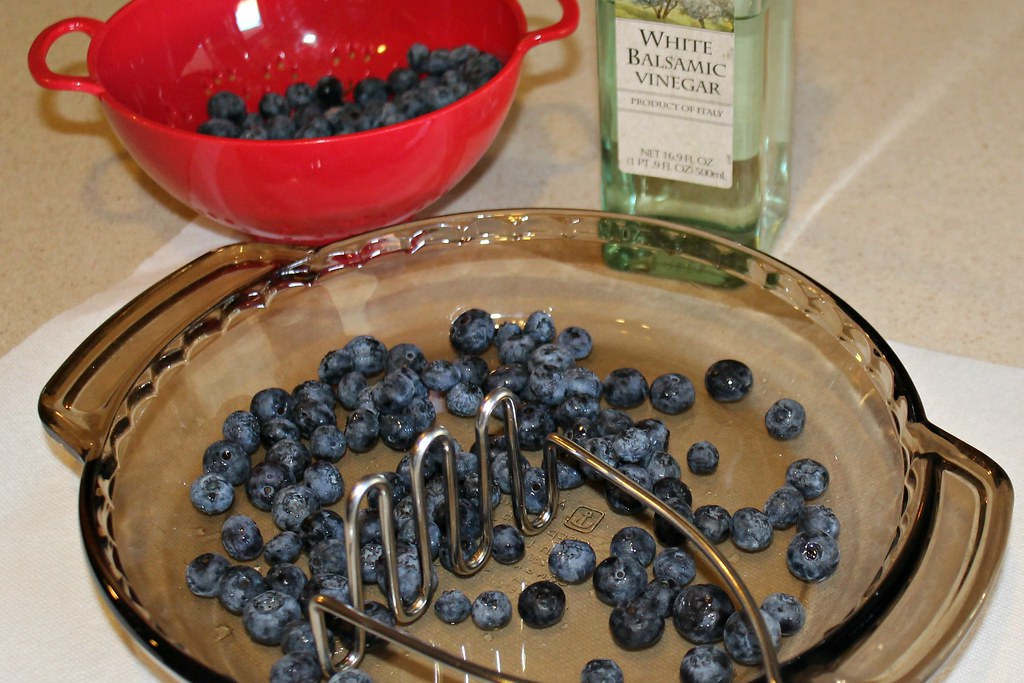 Blueberry Vinegar - Ingredients