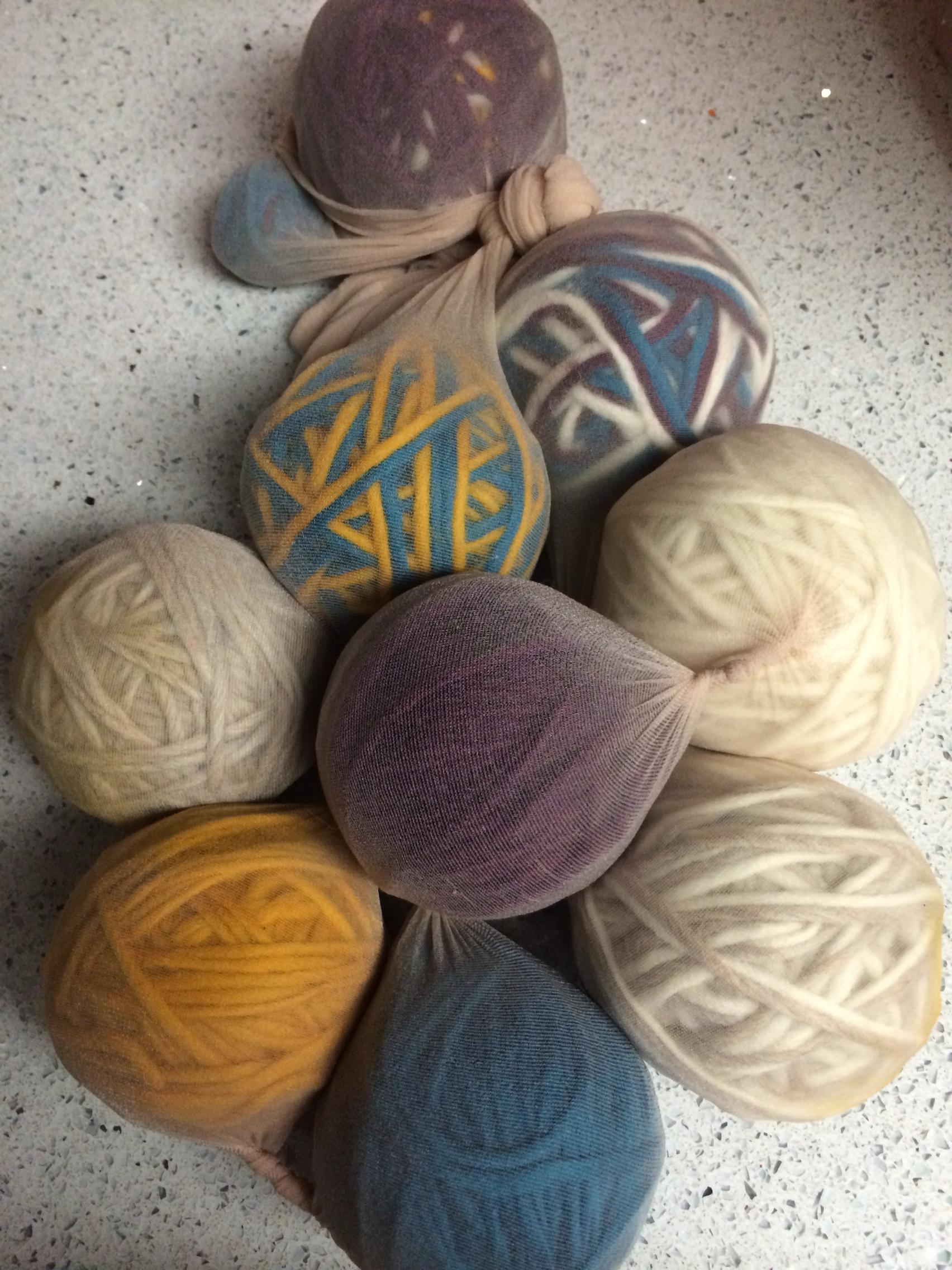 Knitting Pattern For Wool Dryer Balls : Felted Wool Dryer Balls BlogHer