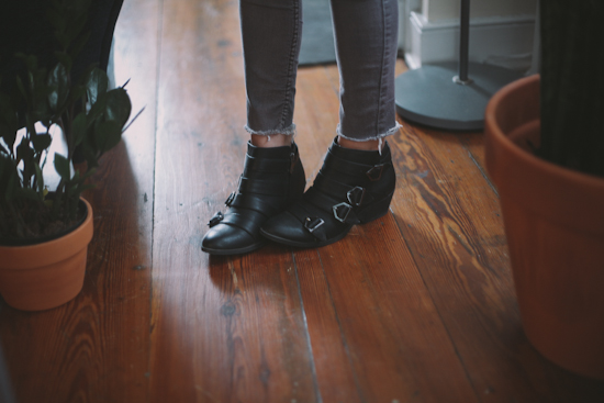 how to wear ankle boots with short legs