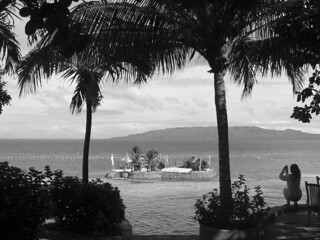 Bohol - Panglao Island islet high tide