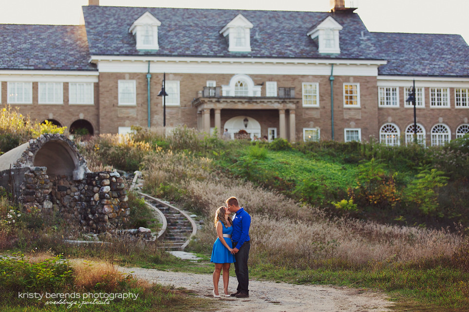 Felt Mansion Engagement Session
