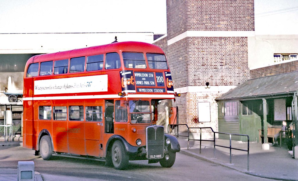 London Transport: RT4465 (OLD685) from Merton Garage leaving Wood Street Bus Stand, Kingston on Route 200