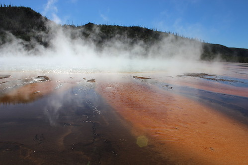 IMG_2128_Grand_Prismatic_Spring_in_Midway_Geyser_Basin