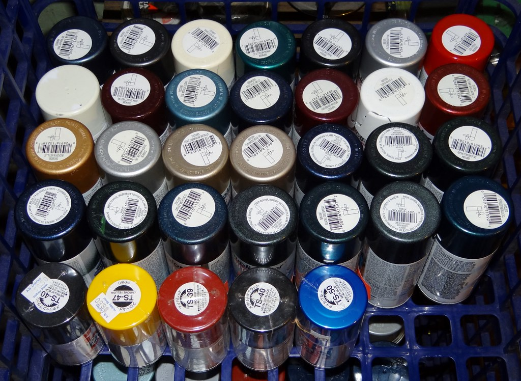 Paint Cans In Soo Wow