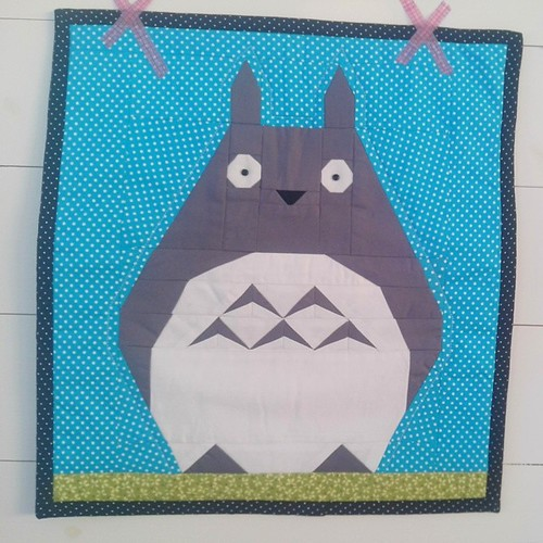 Totoro came to Sweden all the way from Camila Mayumi in Brazil!!! Lovely button eyes :D