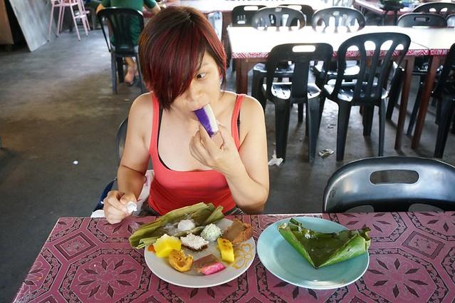 malay nyonya kuih in melaka - Perhentian kuih kampong-009