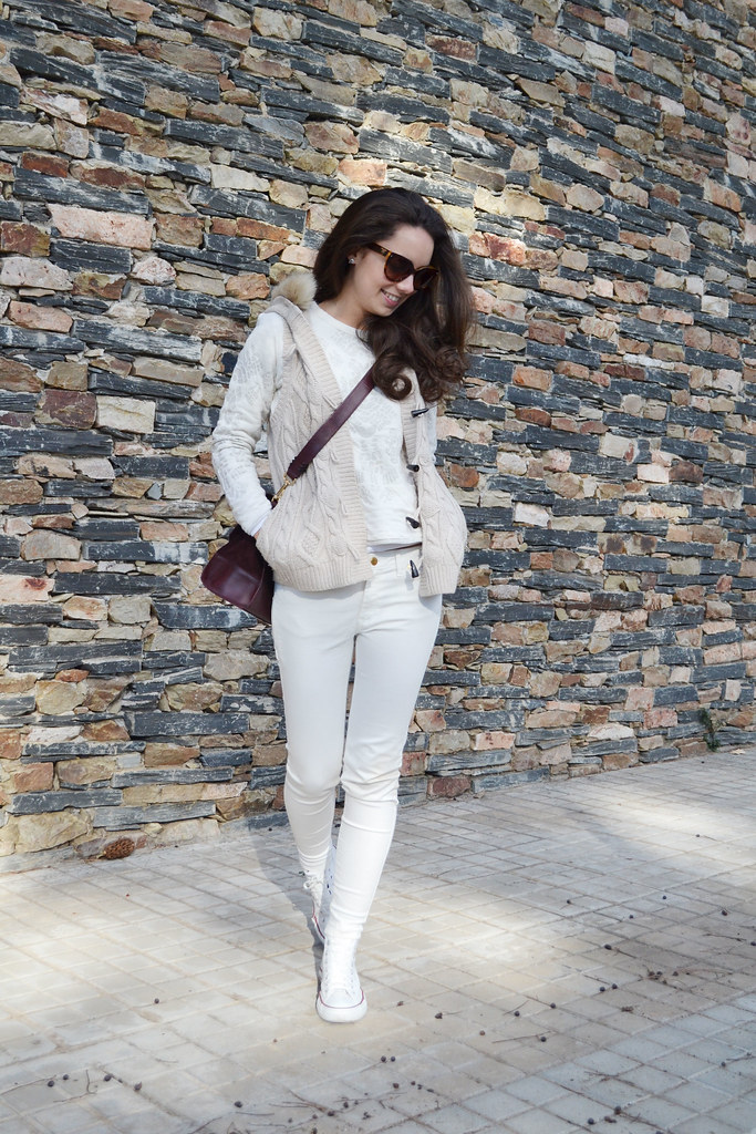Total neutral outfit