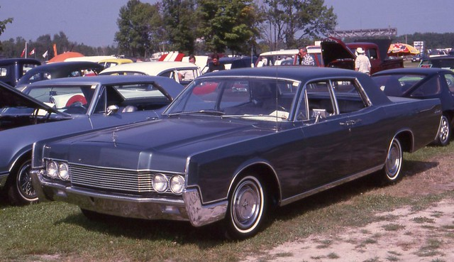 1966 lincoln continental 4 door flickr photo sharing. Black Bedroom Furniture Sets. Home Design Ideas