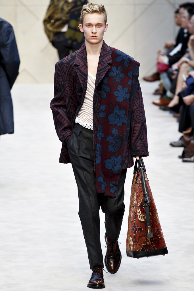FW14 London Burberry Prorsum044_Freddie Dennis(VOGUE)