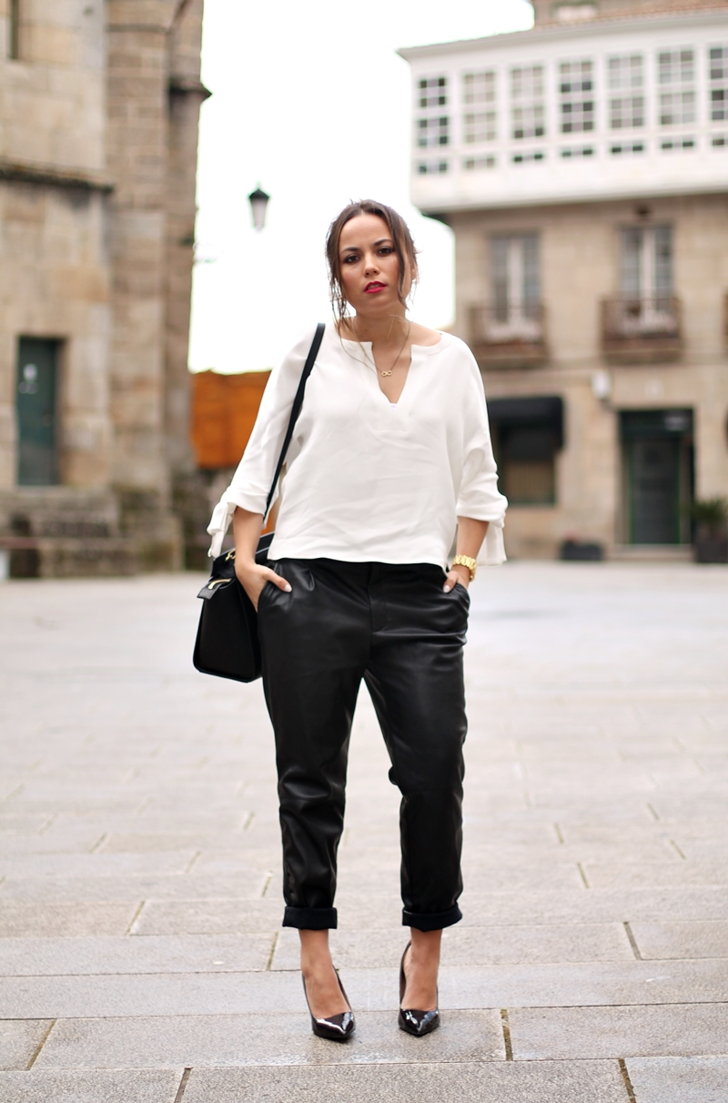 black trousers zara