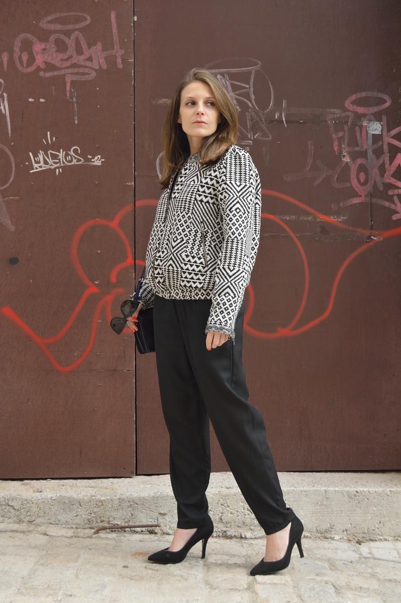 lara-vazquez-madlula-blog-style-black-look-geometric-bomber