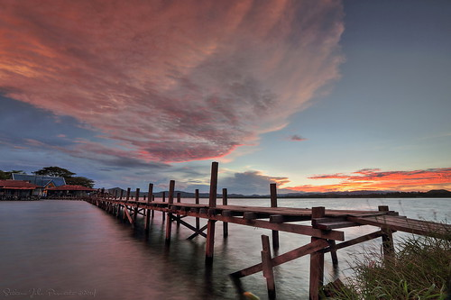 bridge sunset sky cloud lake indonesia village kampung papua connect danau jembatan desa sentani jayapura