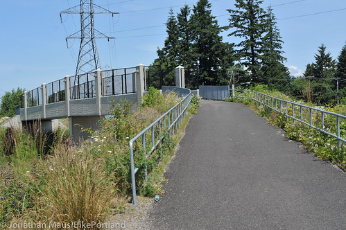 Gresham-Fairview Trail at Powell