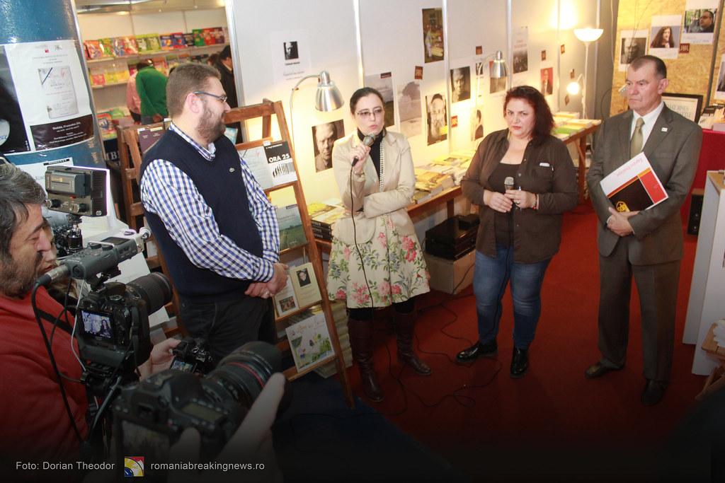 Lansare_de_Carte_FARA_INCHISOARE_AS_FI_FOST_NIMIC_Bucuresti_19-11-2016_romaniabreakingnews-ro (29)