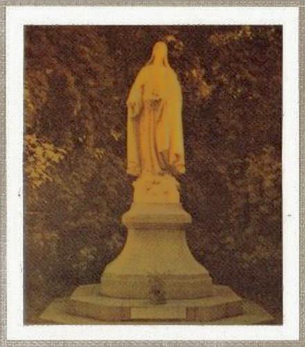 Centenaire de la naissance de St Thérèse de l'Enfant-Jésus. (illistration)