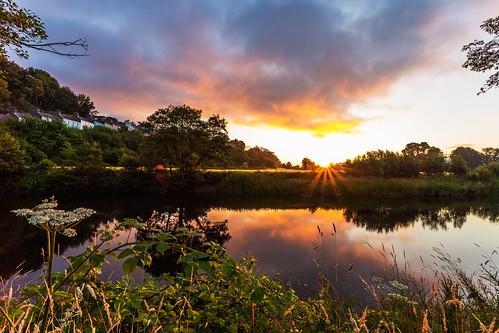 travel sun beautiful sunrise carmarthenshire day cloudy welsh rise rtw llandeilo beautifulwales welshsunrise llandeilowales walesllandeilo llandeilosunrise sunrisellandeilo beautifulllandeilo