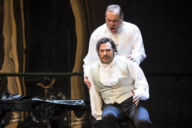 Bryan Hymel as Henri and Michael Volle as Guy de Monfort in Les Vêpres siciliennes © ROH / Bill Cooper 2013