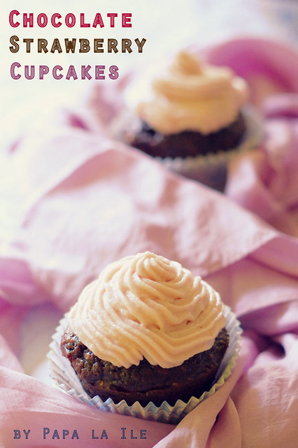 Chocolate strawberry cupcakes (7)
