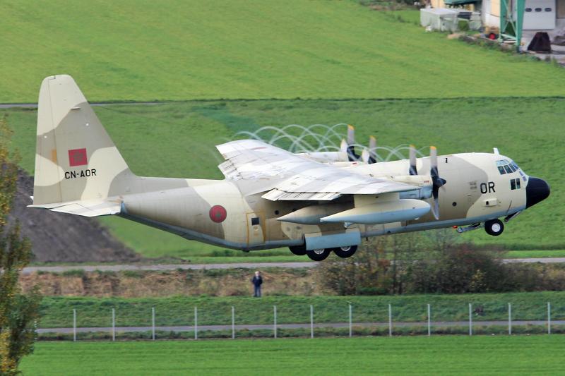 طائرات النقل العاملة بالقوات المسلحة المغربية 10558317564_0fd93b47c4_o