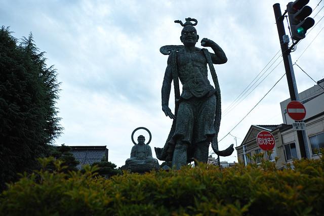 セクシー仁王像