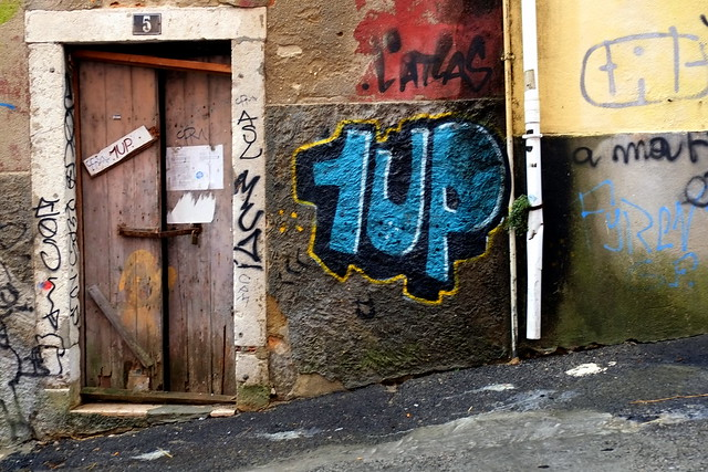 graffiti | 1up | lisbon 2013