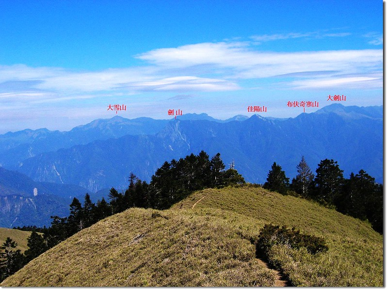 西合歡山北眺雪劍連稜 1