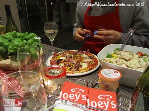 ©Joeys Foodblogger die Blogger beim Foodfotografieren ablichten