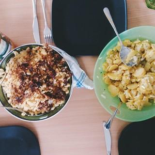 käsknöpfle mit kartoffelsalat. paradies! #zp