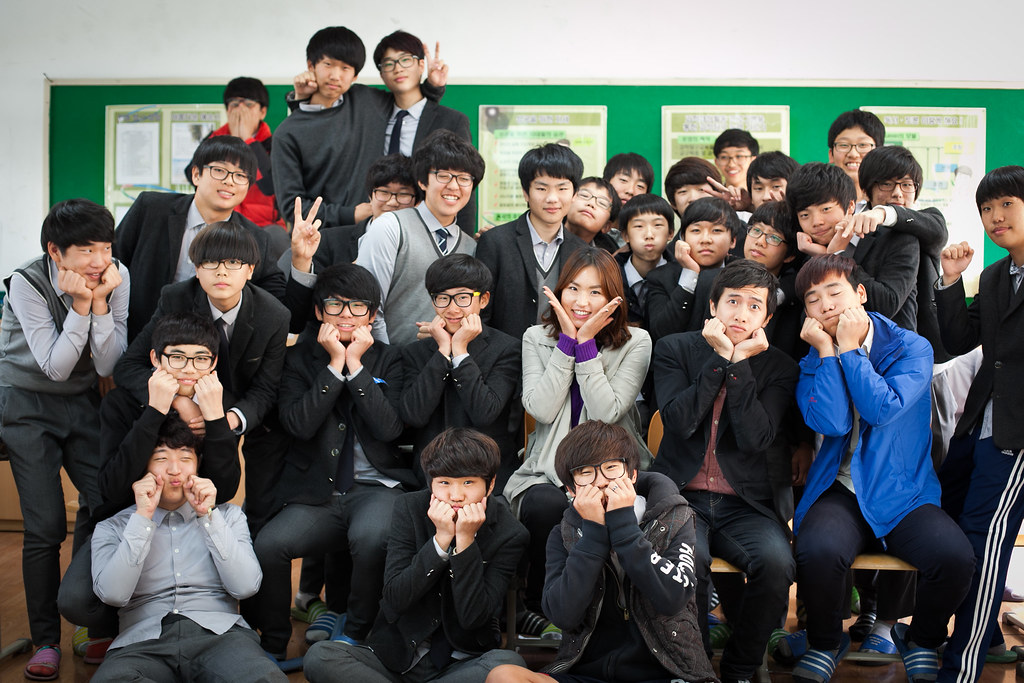 the life and people in the south korea The expat life in south korea as the acting ceo for the anz banking group in seoul, richard watt ca says he has jumped at any chance that came his way within the group.