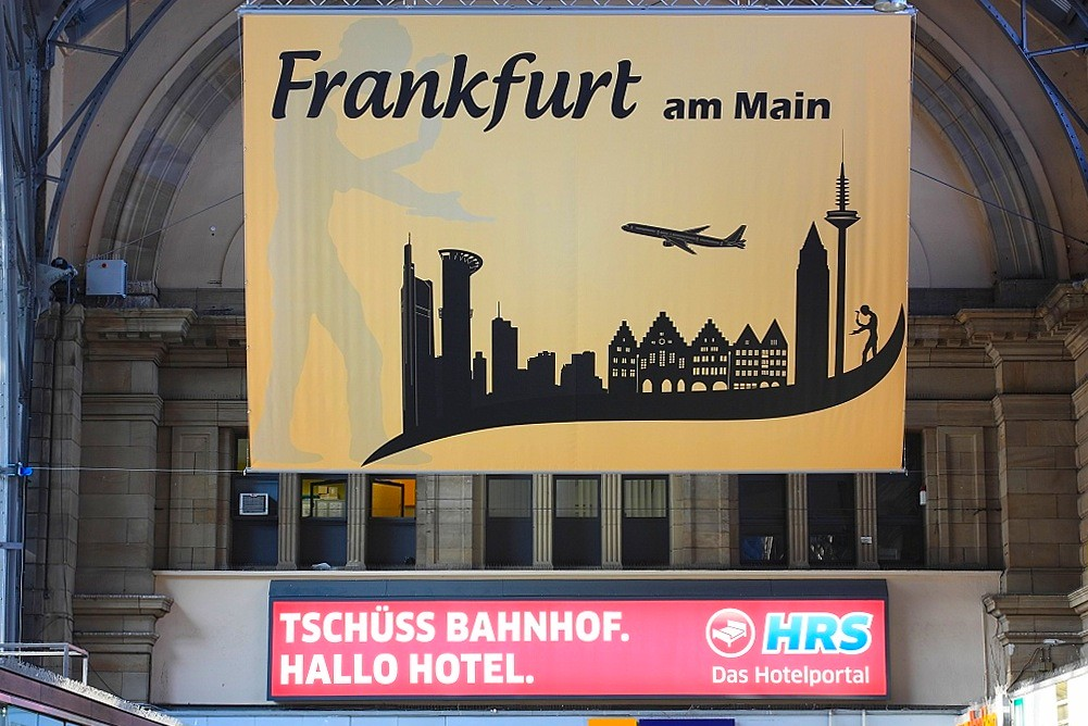 Welcome and goodbye, Frankfurt (Main) Hauptbahnhof