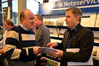 Håkan Wikenstål snackar teststycke med Aagaard-Nilsen