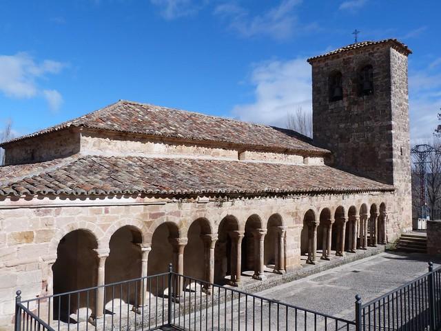 Iglesia románica de Carabias (Guadalajara)