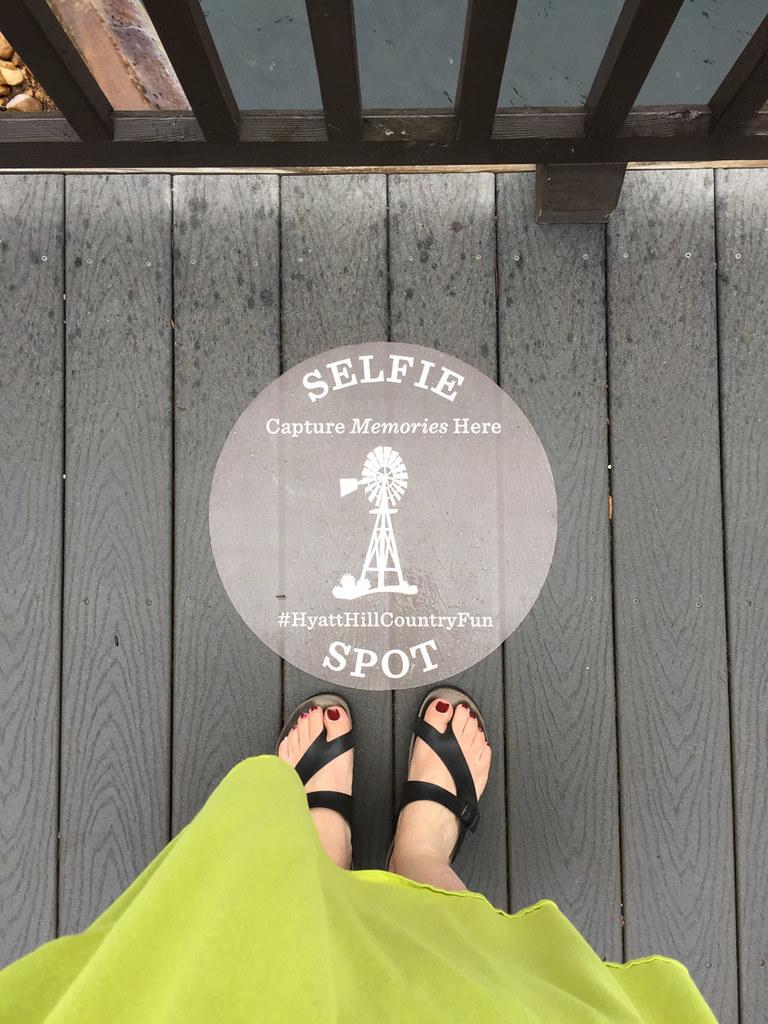 Selfie spot mark