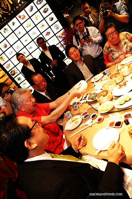 lot 10 hutong group eating