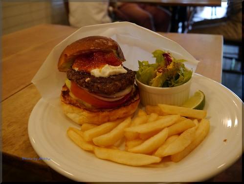 Photo:2012-06-10_ハンバーガーログブック_【広尾】BurgerManiaHiroo 昼ビーからのマンスリー-05 By:logtaka