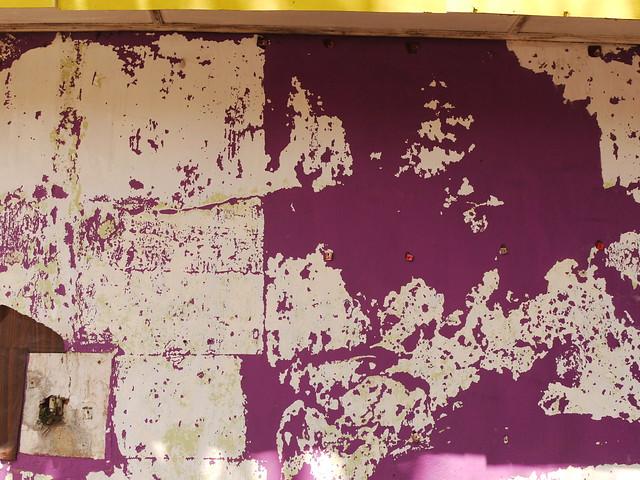 Purple decollage in Hikkaduwa [20130925]